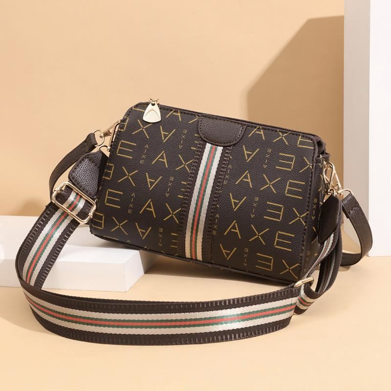 JTF7003 IDR.73.000 MATERIAL PU SIZE L24XH17XW11CM WEIGHT 500GR COLOR AXE
