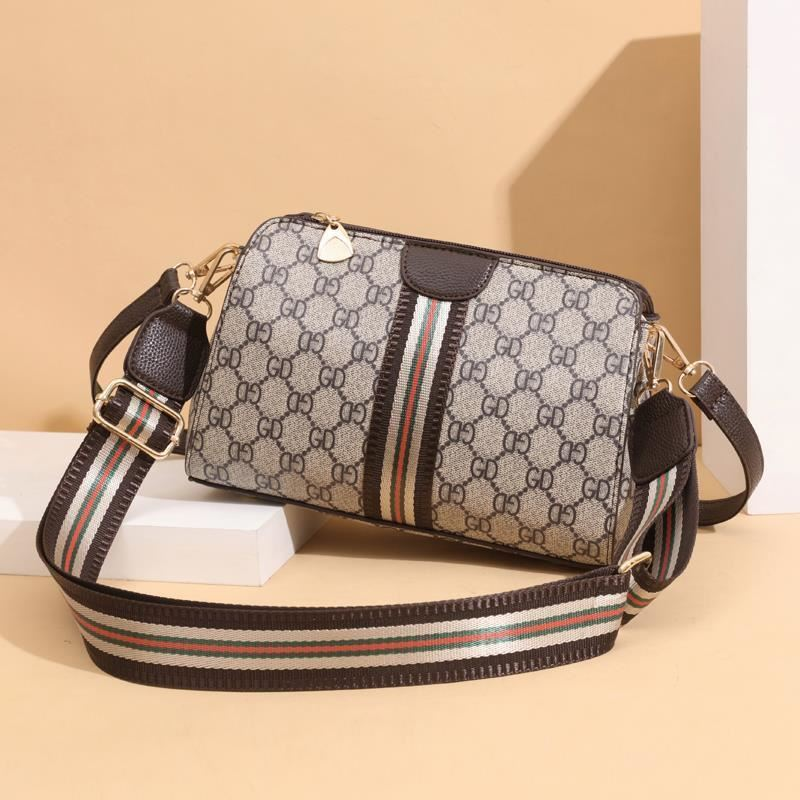 JTF7003 IDR.73.000 MATERIAL PU SIZE L24XH17XW11CM WEIGHT 500GR COLOR GD