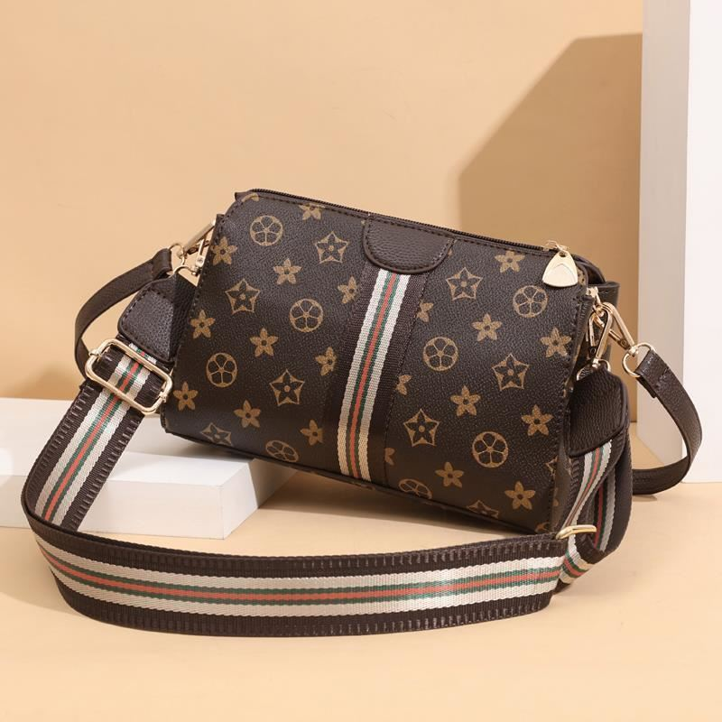 JTF7003 IDR.73.000  MATERIAL PU SIZE L24XH17XW11CM WEIGHT 500GR COLOR STAR