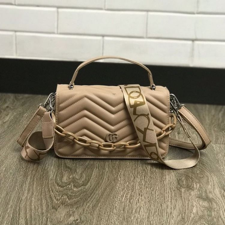 JTF7241 IDR.75.000 MATERIAL PU SIZE L23XH14XW8CM WEIGHT 550GR COLOR KHAKI