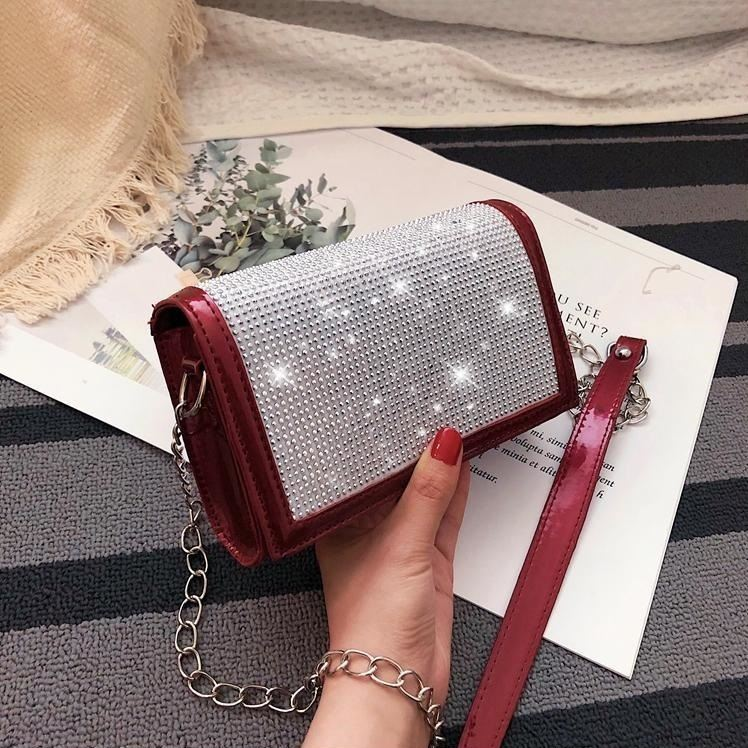 JTF7437 IDR.55.000 MATERIAL PU SIZE L19XH12XW6CM WEIGHT 350GR COLOR RED