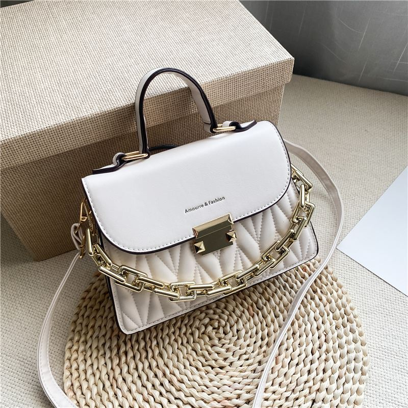 JTF7571 IDR.76.000 MATERIAL PU SIZE L23XH16XW9CM WEIGHT 500GR COLOR WHITE