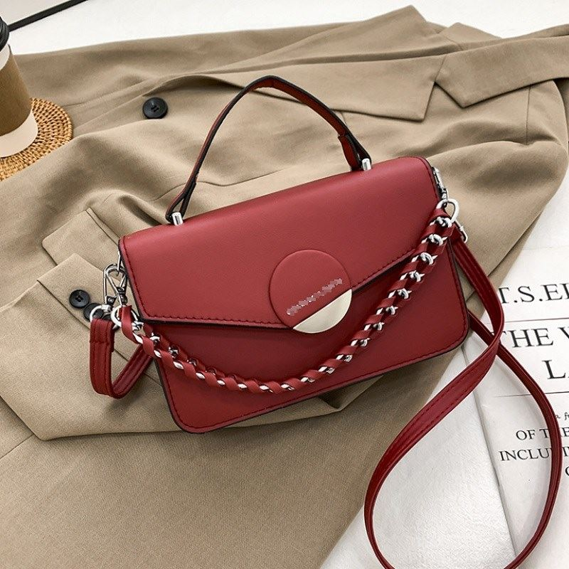 JTF7590 IDR.75.000 MATERIAL PU SIZE L21XH13.5XW7CM WEIGHT 550GR COLOR RED