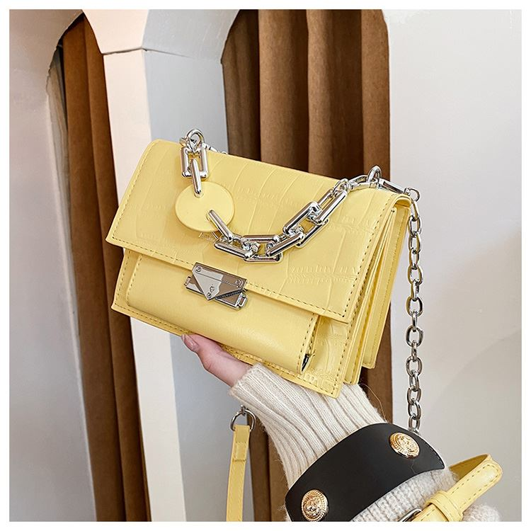 JTF7650 IDR.70.000 MATERIAL PU SIZE L20XH14XW8CM WEIGHT 500GR COLOR YELLOW