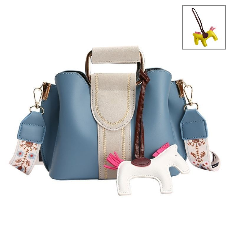 JTF76543 IDR.90.000 MATERIAL PU SIZE L20XH17XW10CM WEIGHT 560GR COLOR BLUE