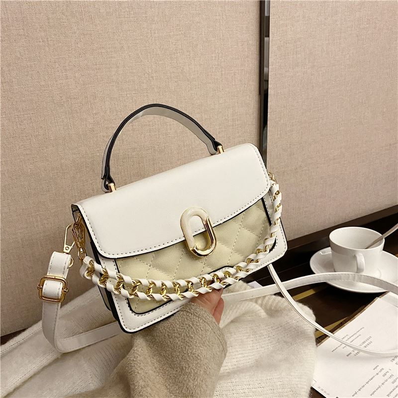 JTF77802 IDR.76.000 MATERIAL PU SIZE L20XH14XW8CM WEIGHT 450GR COLOR WHITE