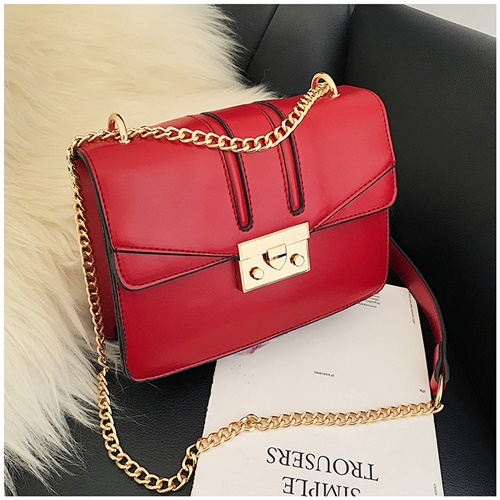 JTF8015 IDR.99.000 MATERIAL PU SIZE L20XH15XW7CM WEIGHT 450GR COLOR RED