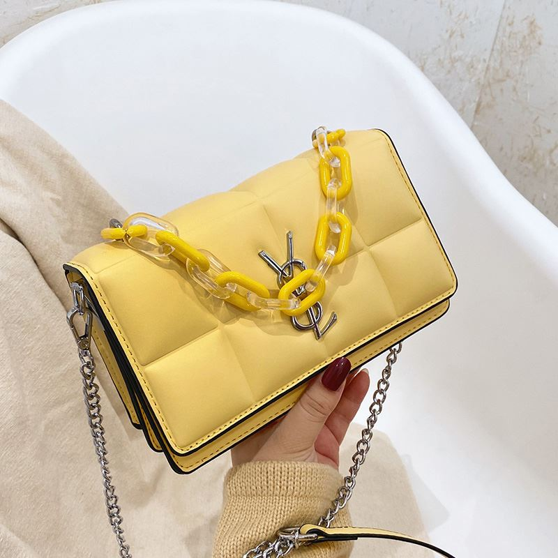 JTF8132 IDR.70.000 MATERIAL PU SIZE L23XH14XW7CM WEIGHT 550GR COLOR YELLOW