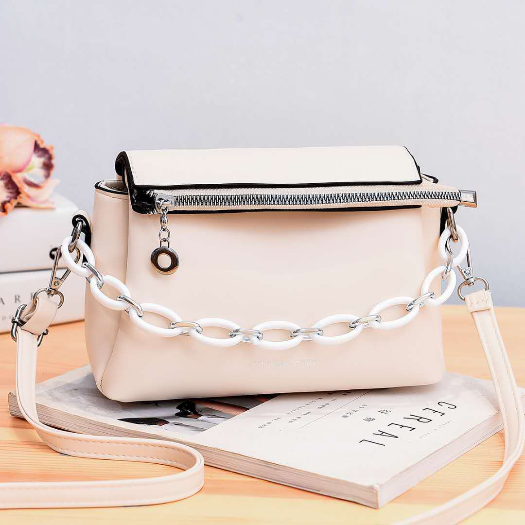 JTF830 IDR.91.000 MATERIAL PU SIZE L21XH16XW10CM WEIGHT 550GR COLOR WHITE