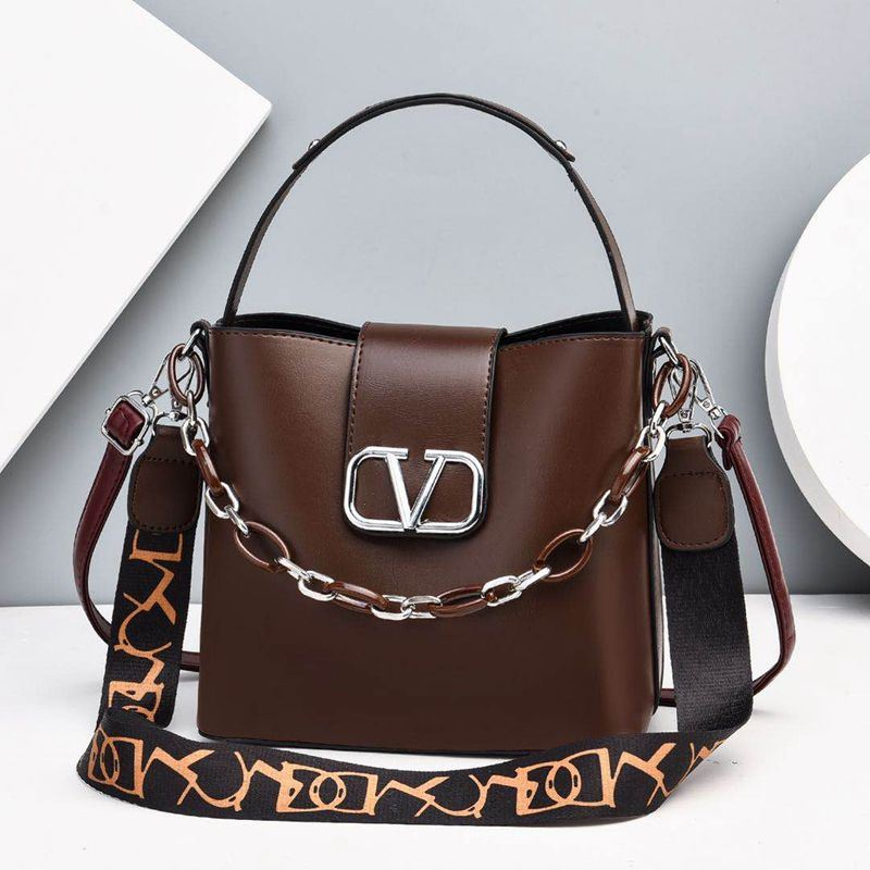 JTF88101 IDR.85.000 MATERIAL PU SIZE L23XH21XW12CM WEIGHT 600GR COLOR COFFEE