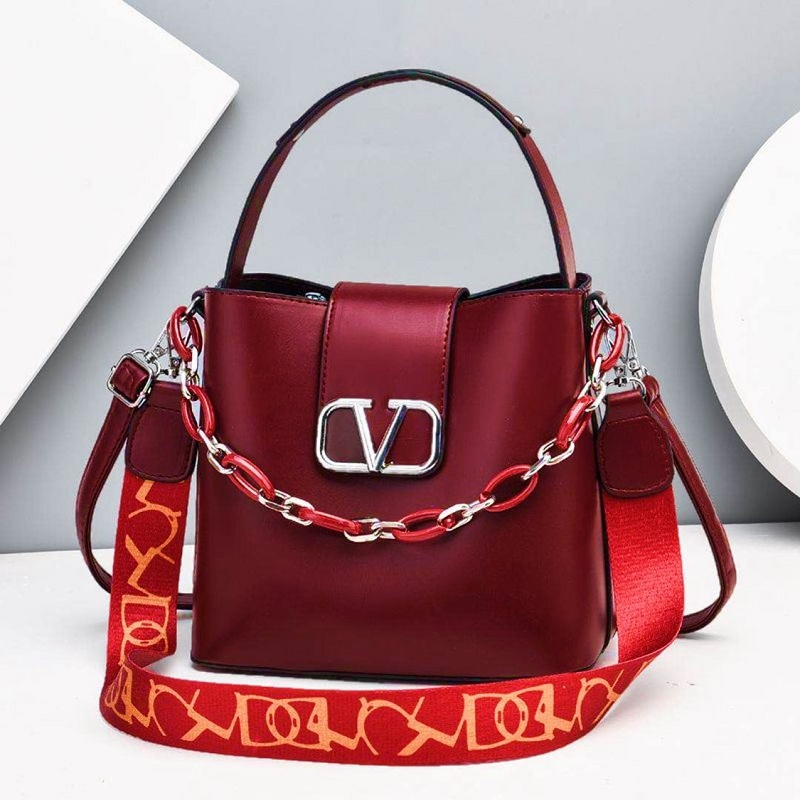 JTF88101 IDR.85.000 MATERIAL PU SIZE L23XH21XW12CM WEIGHT 600GR COLOR WINE