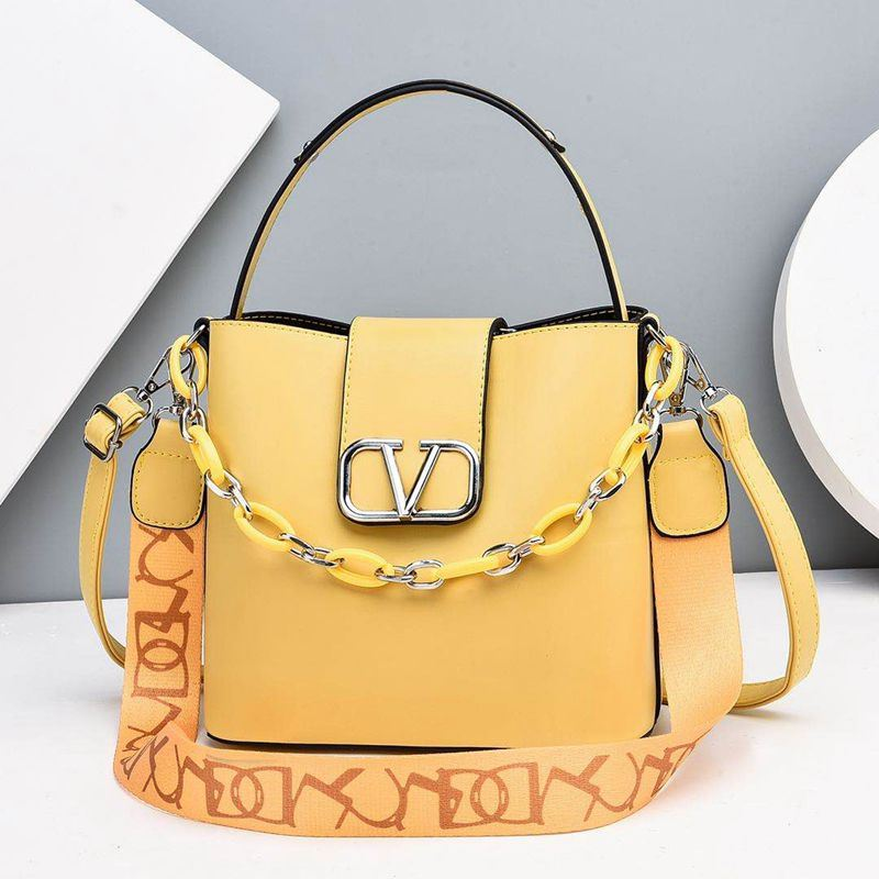 JTF88101 IDR.85.000 MATERIAL PU SIZE L23XH21XW12CM WEIGHT 600GR COLOR YELLOW