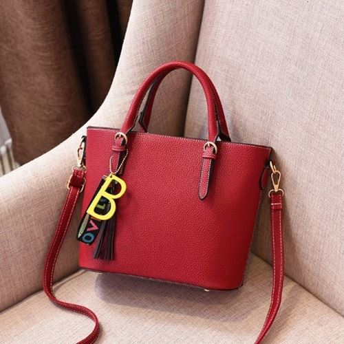 JTF8860 IDR.89.000 MATERIAL PU SIZE L26XH23XW13CM WEIGHT 650GR COLOR WINE