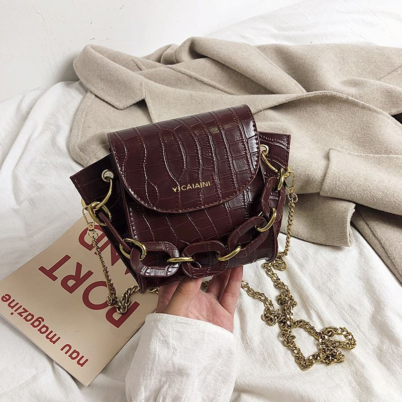 JTF9523 IDR.49.000 MATERIAL PU SIZE L15XH17XW7CM WEIGHT 350GR COLOR DARKBROWN