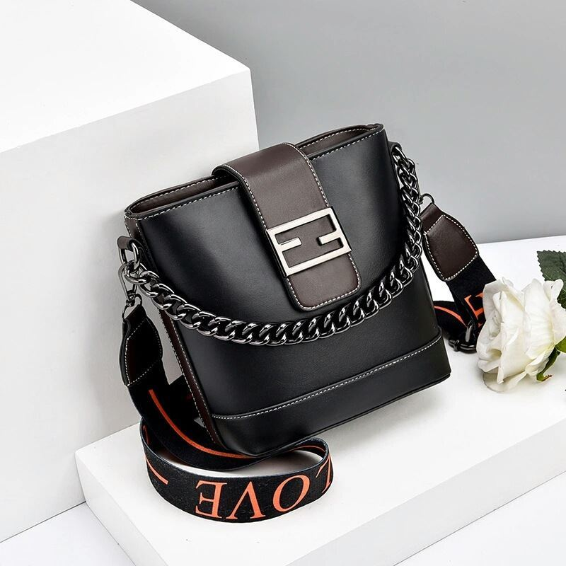 JTF9963 IDR.70.000 MATERIAL PU SIZE L20XH19XW11CM WEIGHT 500GR  COLOR BLACK