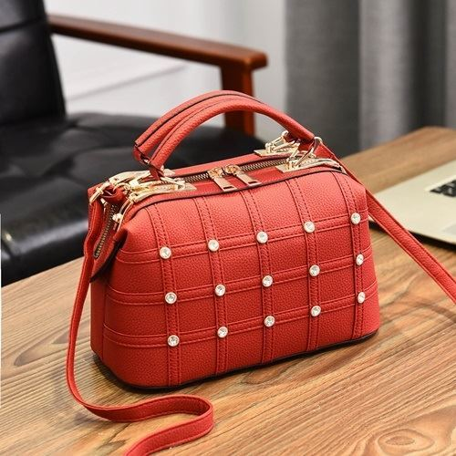 JTF998727 IDR.89.000 MATERIAL PU SIZE L24XH26XW13CM WEIGHT 700GR COLOR RED