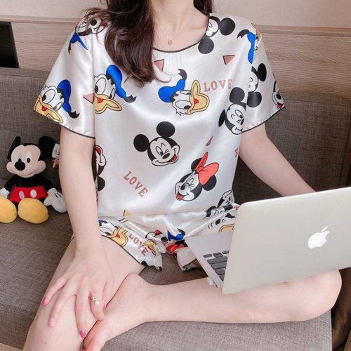 PJ4604-whitemickey Baju Tidur Set Wanita Bahan Sutra Lembut