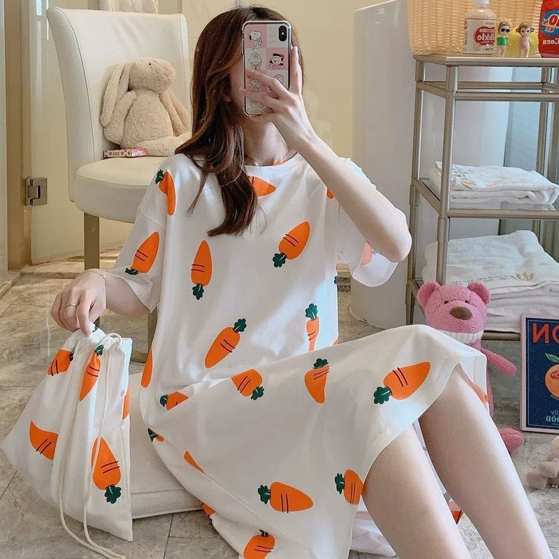 PJ4605 (FREE-POUCH) IDR.55.000 MATERIAL MILKSILK SIZE M,L,XL WEIGHT 200GR COLOR CARROT